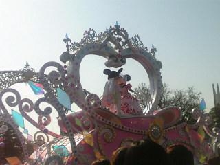 ディズニーランドのパレードみたよ♪